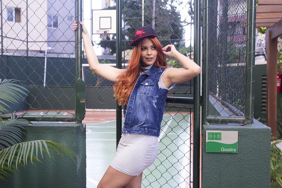 blog-cris-moreira-look-do-dia-colete-jeans-e-metalizado-4