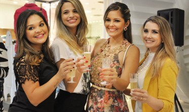 Coquetel Shopping Parangaba: catálogo e lookbook 2015